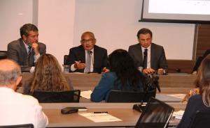 Desembargador Fábio Farias coordena reunião