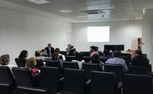 Participantes reunidos em auditório